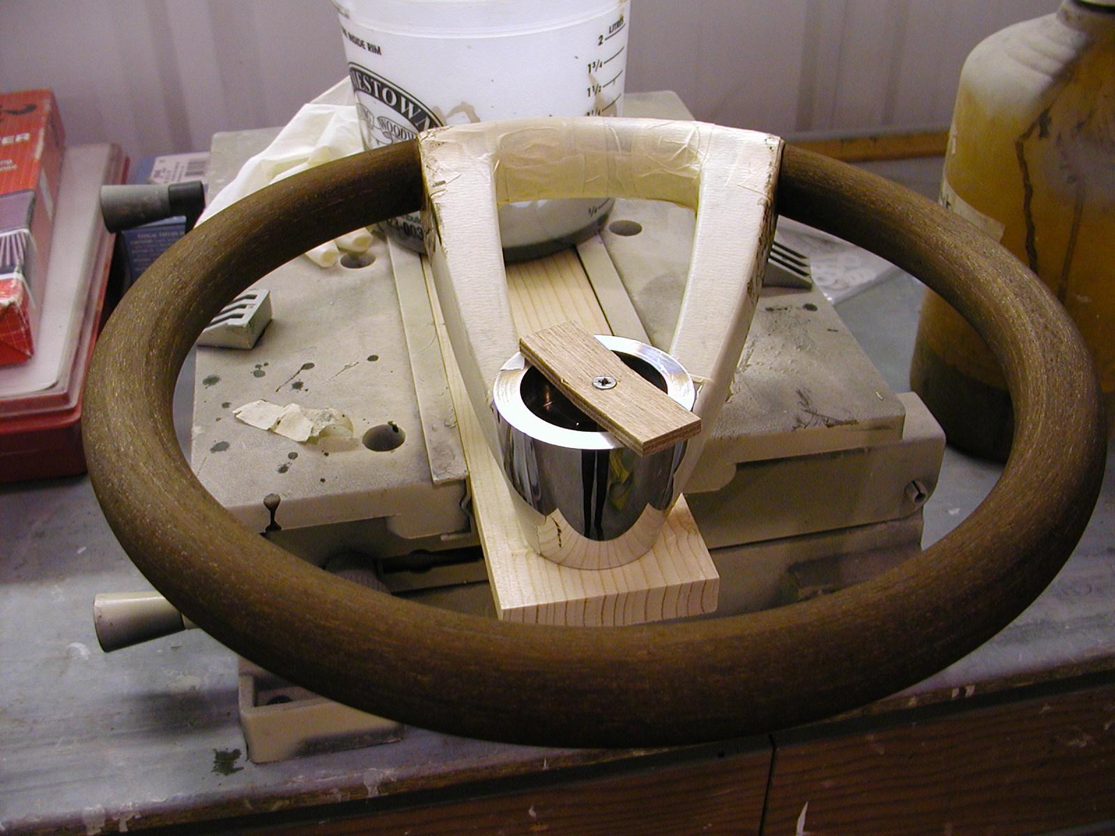 Custom shaping steering wheel