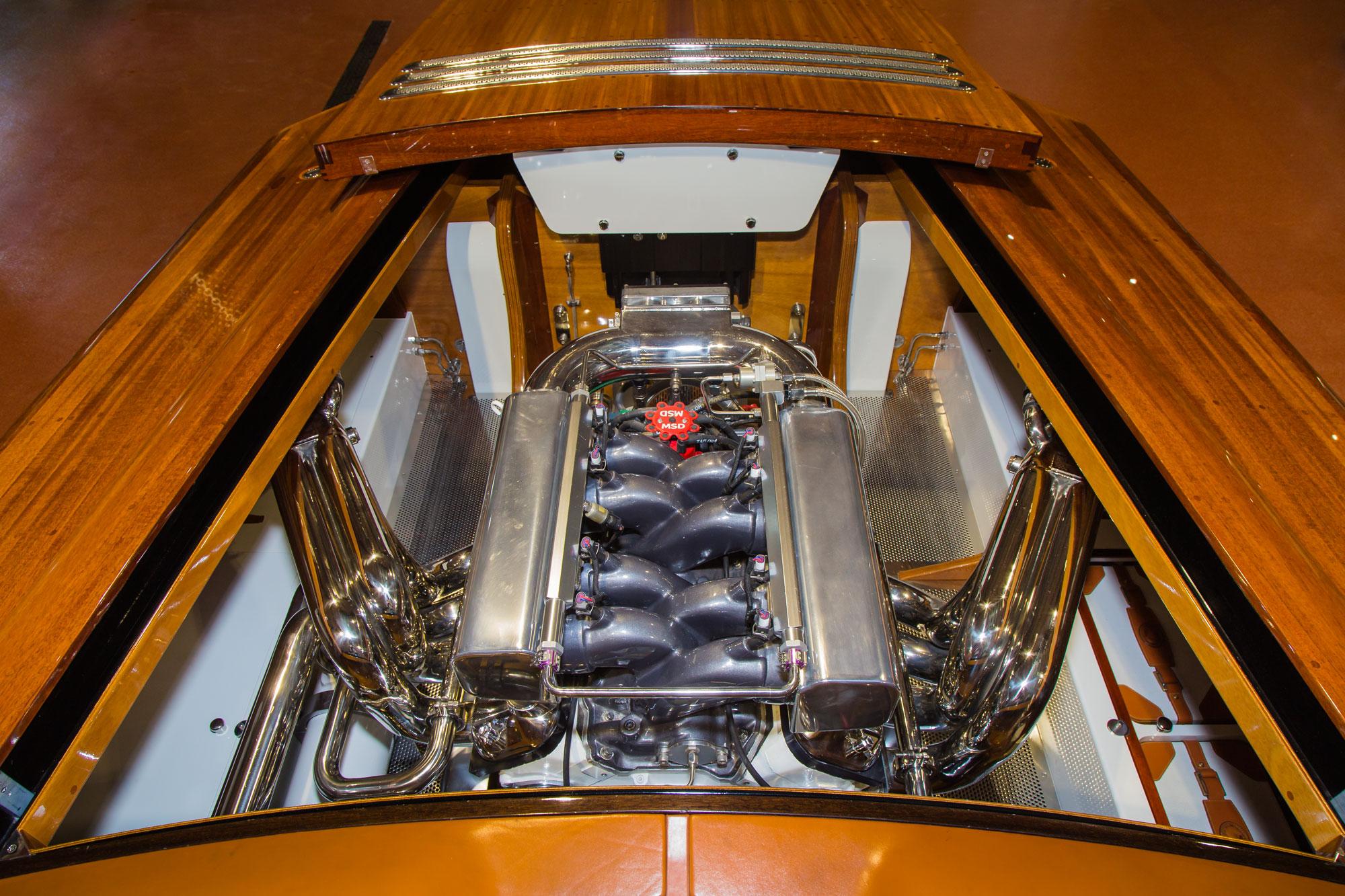 Alpha Z 805 hp V8 engine