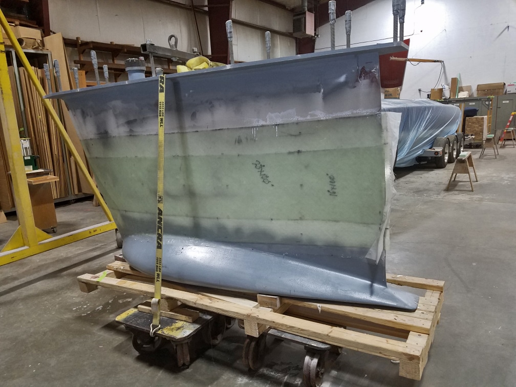 keel adhered to custom fuel tank for Italmas
