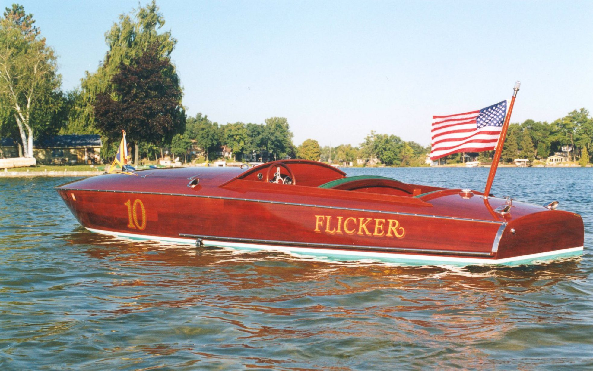 Flicker first power boat build by Van Dam